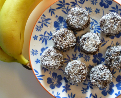 4-Ingredient-Chocolate-Peanut-Butter-Banana-Bites-London-Nutritionist-Milena-Kaler