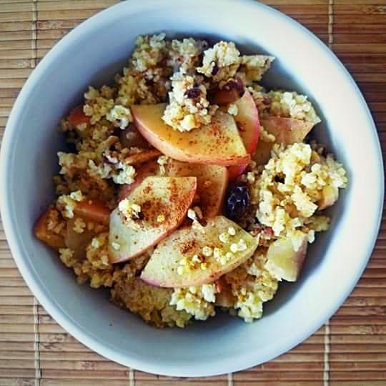 apple-and-cinnamon-millet-porridge-london-nutritionist-milena-kaler