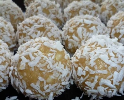 coconut-maca-energy-balls-london-nutritionist-milena-kaler